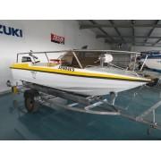 6. Barco de recreio Fletcher 4 m com motor Yamaha 6HP RESERVADO