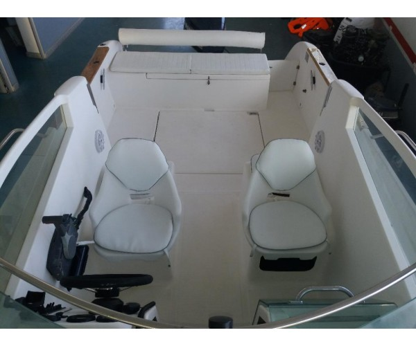 2.1 Barco Ocqueteau 6.20 Abaco 20 com mercury 75hp 4t.