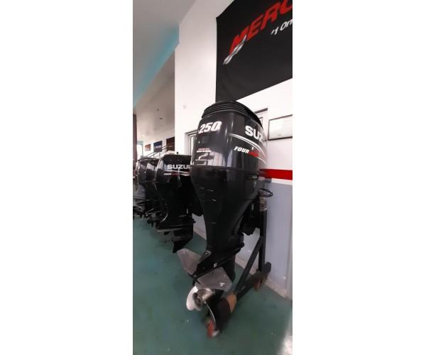 MOTOR    SUZUKI 250hp 4 tempos efi ano 2011 VENDIDO
