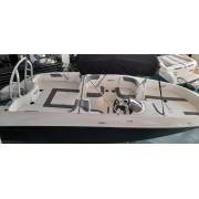 1.2 Barco BAYLINER Elemento E18 equipado com motor Mercury 115hp ELPT EFI NOVO EM STOCK Reservado